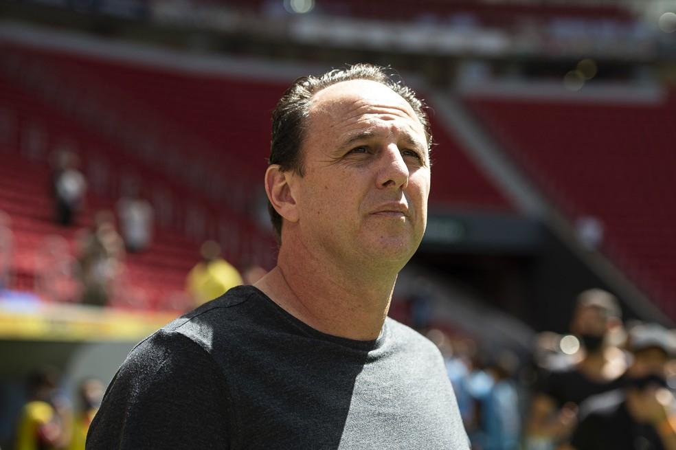 Flamengo terá força máxima contra o Vasco e time B contra Portuguesa