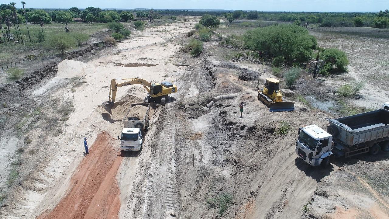 Com perspectiva de boas chuvas, governo começa obras no canal do Piató, na região Oeste potiguar