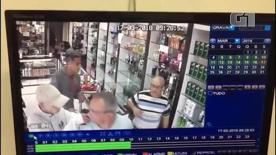 Quatro são presos após roubar R$ 11 mil em perfumes em SP; veja vídeo