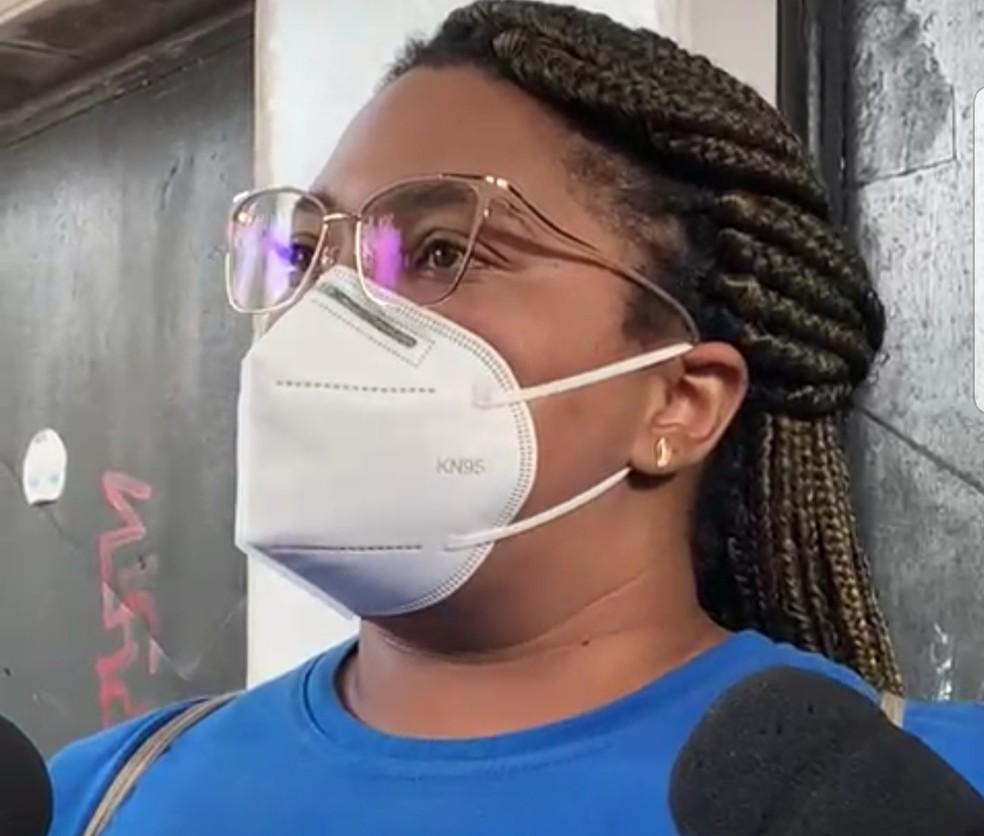 Mãe de Miguel, Mirtes Renata acompanha audiência de instrução e julgamento da morte do filho — Foto: Reprodução/TV Globo