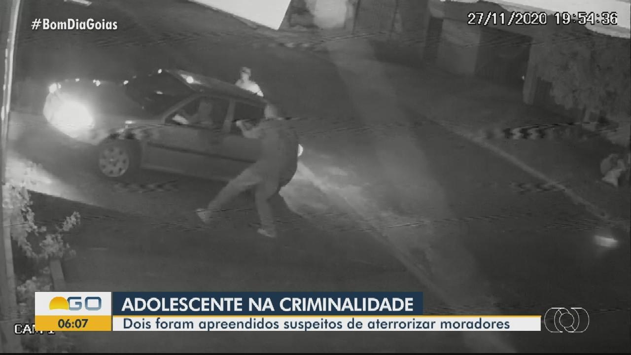 Adolescentes são suspeitos de assalto a idosos, em Goiânia