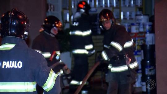 Quatro lojas pegam fogo na região central de Mirassol