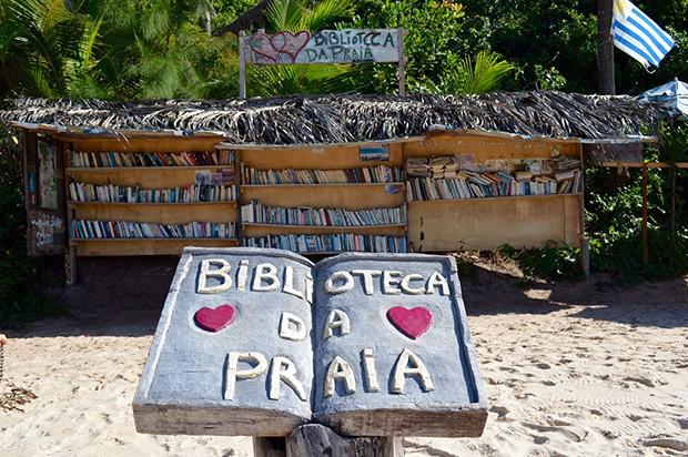 Biblioteca na praia em Pipa, Rio Grande do Norte (Foto: Reprodução/ Discovery Tur Natal)