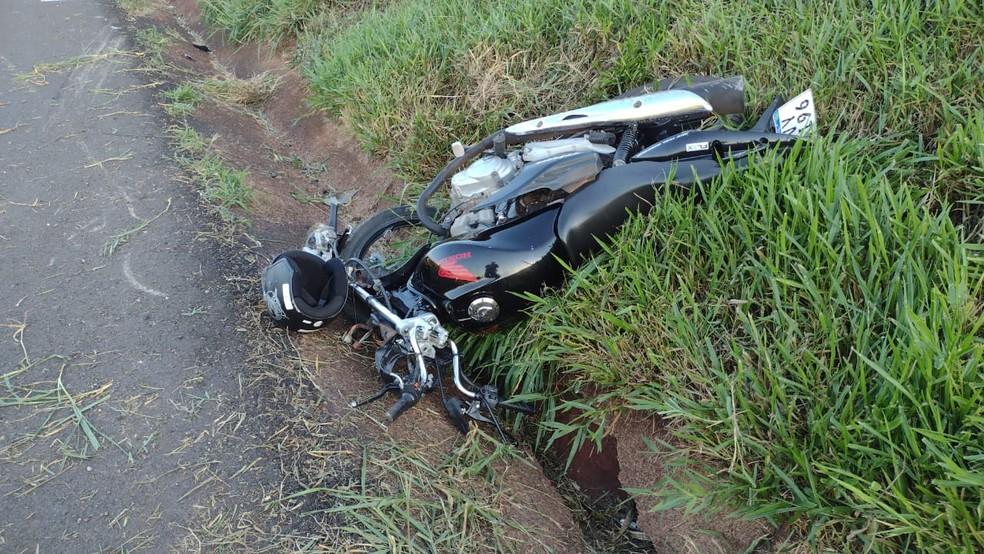 Jovem morreu no local, em Goioerê — Foto: PRE/Divulgação