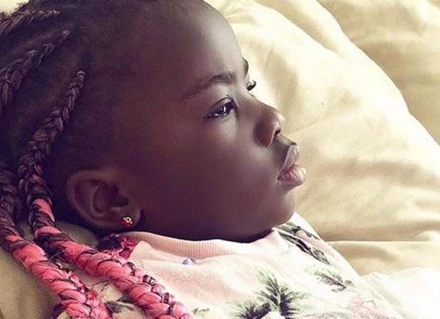 Gio Ewbank se declara para a filha  (Foto: reprodução instagram)