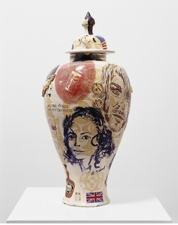 Sex and Drugs and Earthenware, de Grayson Perry