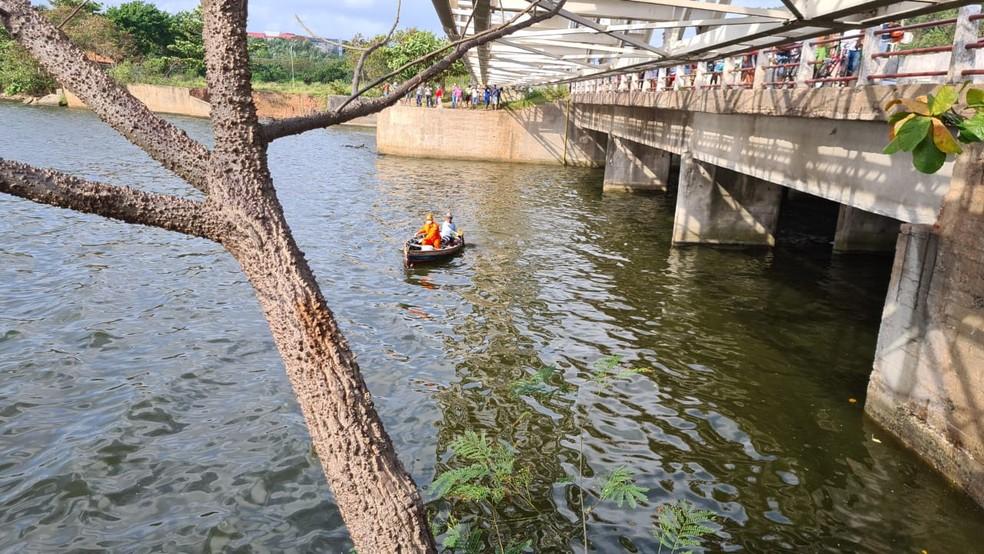 Corpo de mulher é encontrado na Barragem do Bacanga em São Luís — Foto: Douglas Pinto/TV Mirante