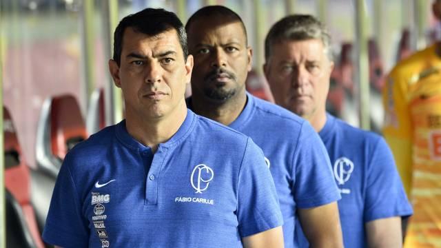 Fábio Carille no clássico contra o São Paulo