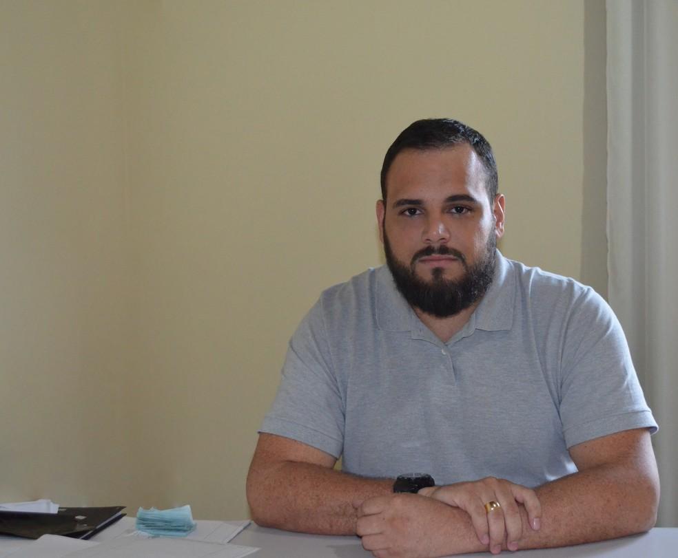 Médico Kleber Ribeiro fala sobre tratamento (Foto: Christian Wentz/G1)