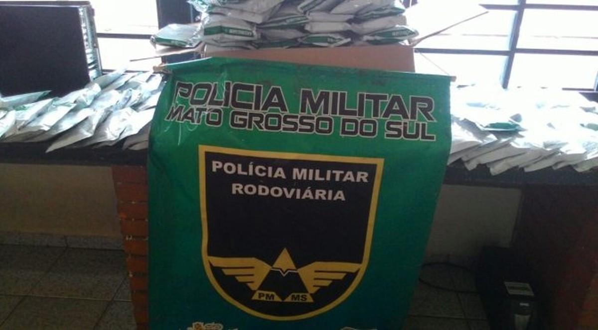 Dupla é presa em rodovia de MS com agrotóxico contrabandeado do Paraguai