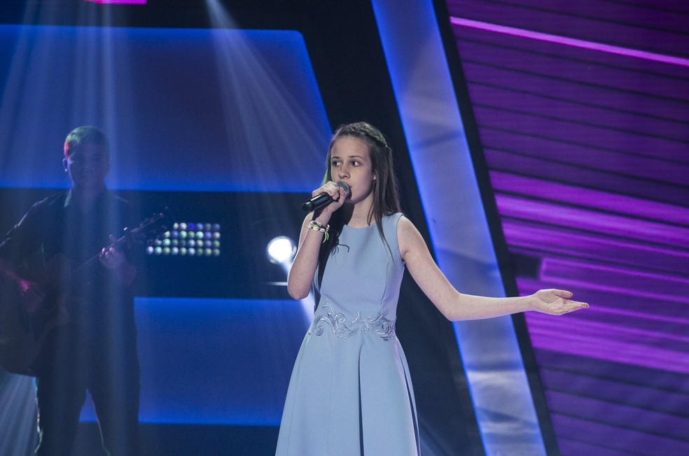 Valentina Roman cantou
