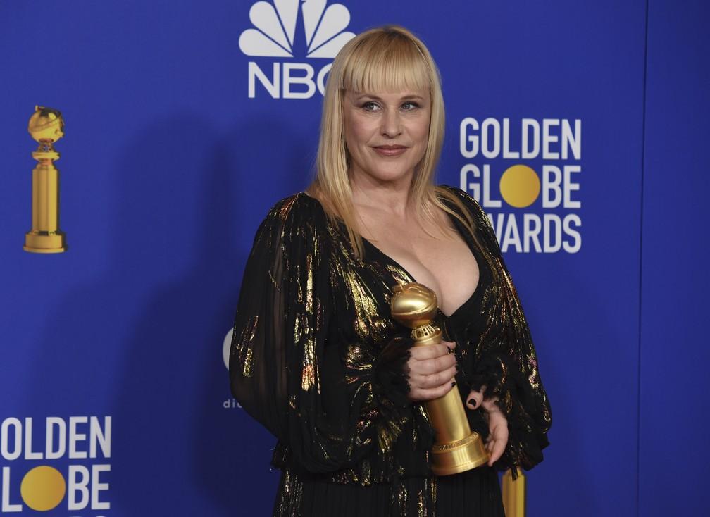 """Patricia Arquette vence Globo de Ouro na categoria de melhor atriz coadjuvante em série, série limitada ou filme para TV por """"The Act"""" — Foto: AP Photo/Chris Pizzello"""