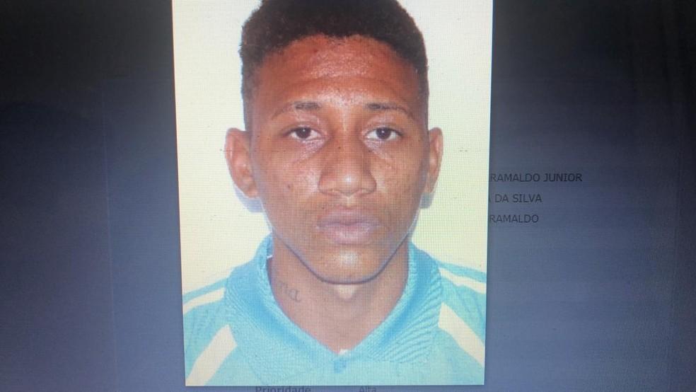 Segundo a polícia, José Benedito Maranaldo Júnior, de 19 anos, confessou ter dado apoio ao assalto. — Foto: Divulgação/Polícia Civil