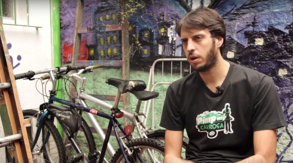 O grafiteiro e ativista Mundano é o idealizador do app Cataki (Foto: Reprodução/YouTube)