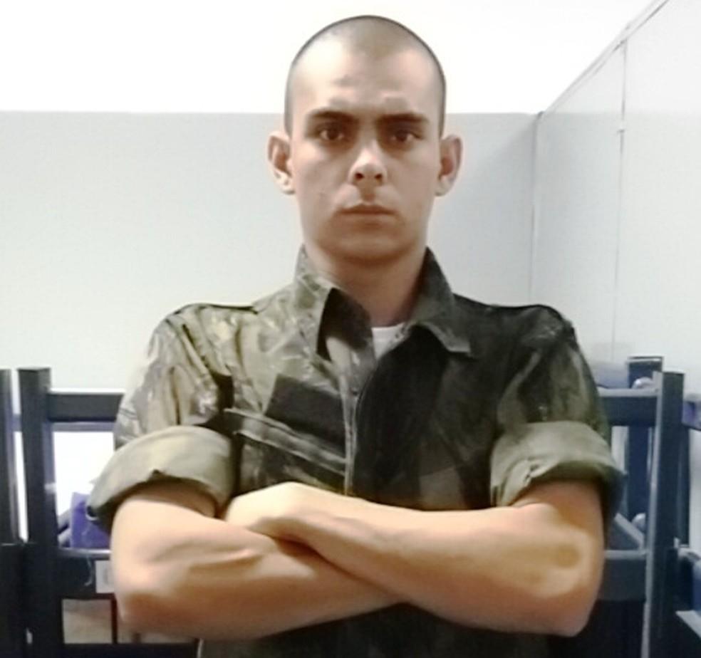 Matheus Caldas dos Santos afirma ter sido vítima de tortura enquanto recruta da Aeronáutica (Foto: Arquivo Pessoal)
