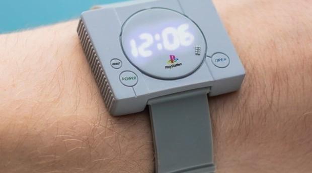 a64c2ca247b Relógio do Playstation deve chegar ao mercado em agosto (Foto  Divulgação)