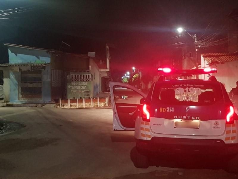 Suspeito de tentativa de roubo é baleado em troca de tiros, em Fortaleza