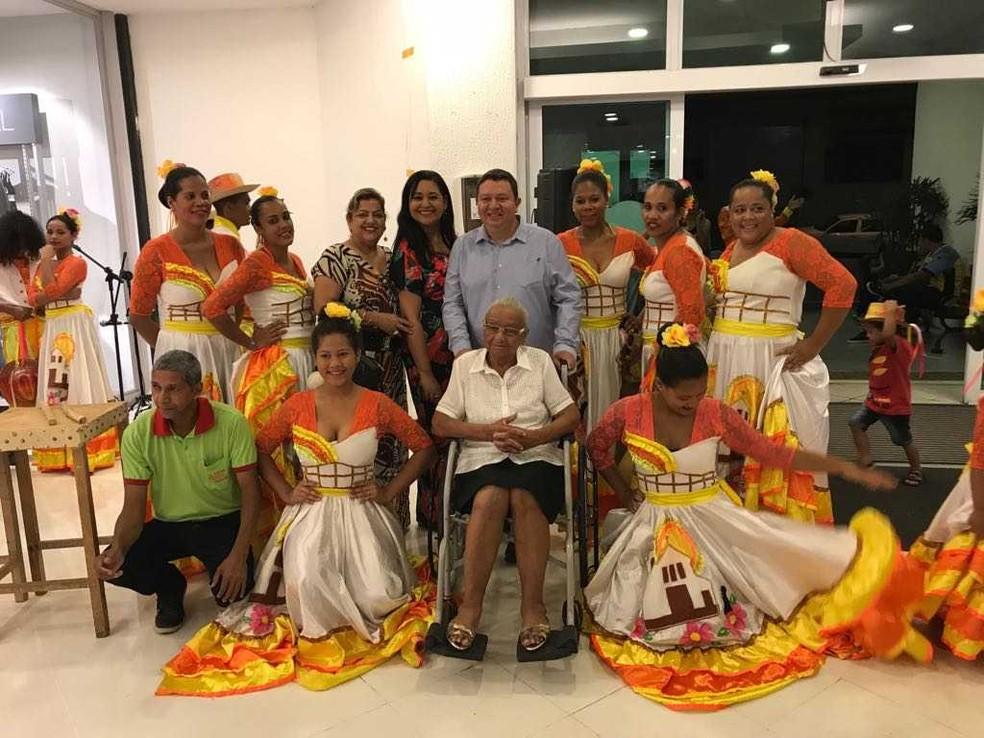 mostra foi lançada no domingo (8), com a apresentação do grupo Flor de Atalaia e do cantor João Eloy (Foto: Divulgação)