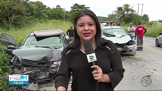 Mulher morre em acidente na BR-104 enquanto seguia para iniciar tratamento contra o câncer
