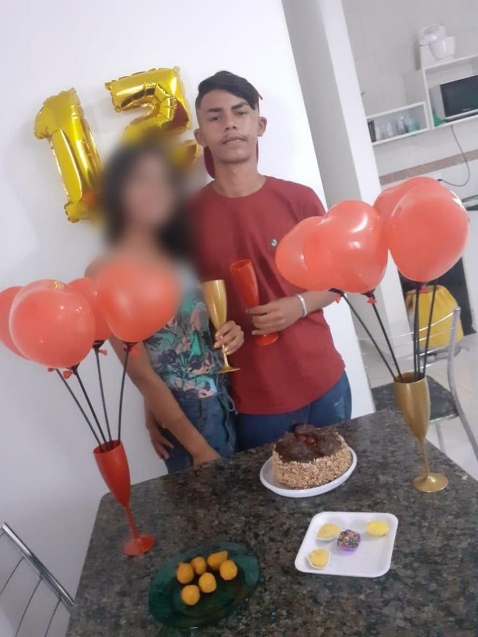 Eduardo da Silva Ribeiro, o Dudu, morreu quando retornava para festa de aniversário da namorada — Foto: Redes Sociais/Reprodução