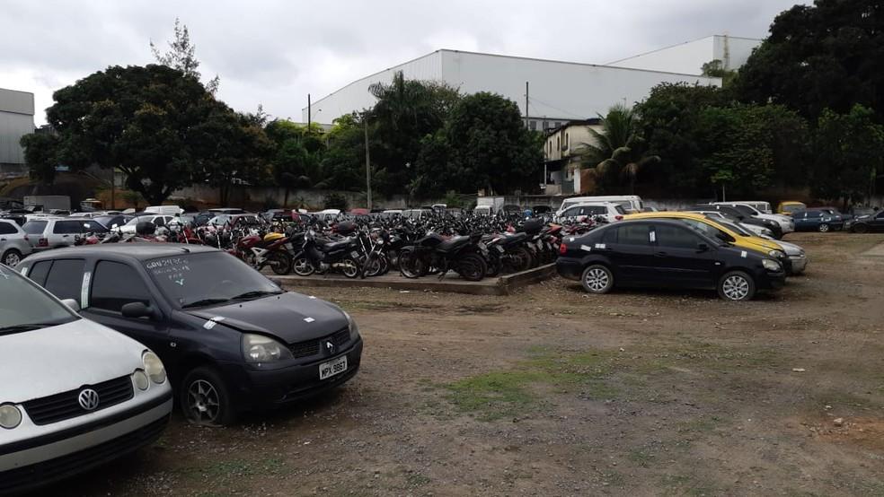 Pátio da PRF com veículos retidos no ES — Foto: Divulgação/PRF-ES
