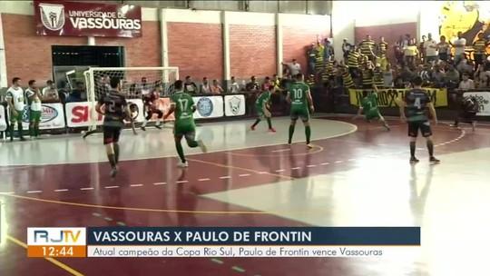 Paulo de Frontin supera caldeirão, derrota Vassouras fora de casa e larga na frente na luta pela semi