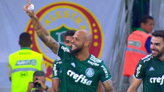 Felipe Melo acerta chute incrível e faz um golaço para o Palmeiras