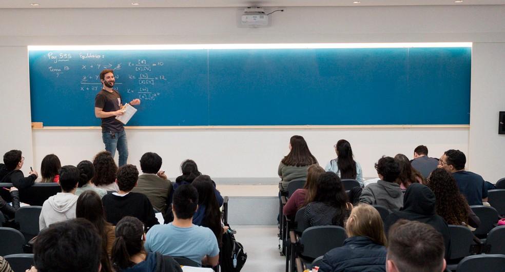 Investimento em professor é visto como estratégia para melhorar a educação — Foto: Marcelo Brandt/G1