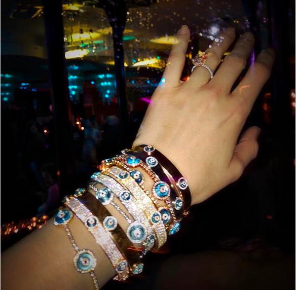 O bracelete de 700 mil reais de Blake Lively (Foto: Instagram)