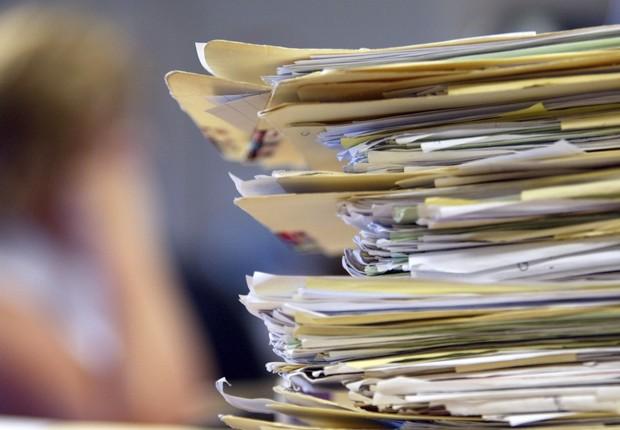 Burocracia ; papelada ; desorganização ; carreira ; processos ;  (Foto: Shutterstock)