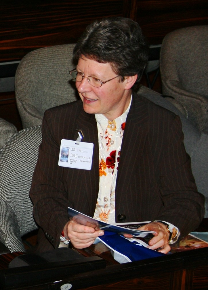 Dame Susan Jocelyn Bell Burnell (Foto: Astronomical Institute, Academy of Sciences of the Czech Republic/Wikimedia Commons)