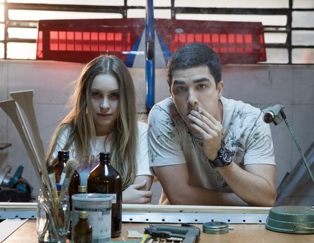 Carla Diaz e Leonardo Bittencourt em cena como Suzane von Richthofen e Daniel Cravinhos (Foto: Divulgação)