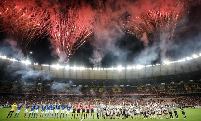 Clássico entre Cruzeiro e Atlético MG
