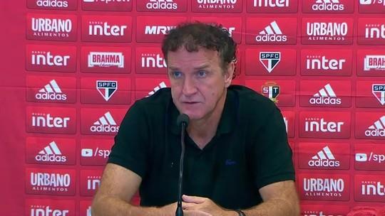 Cuca lamenta vice, explica mudanças e diz que Pato será o centroavante do São Paulo