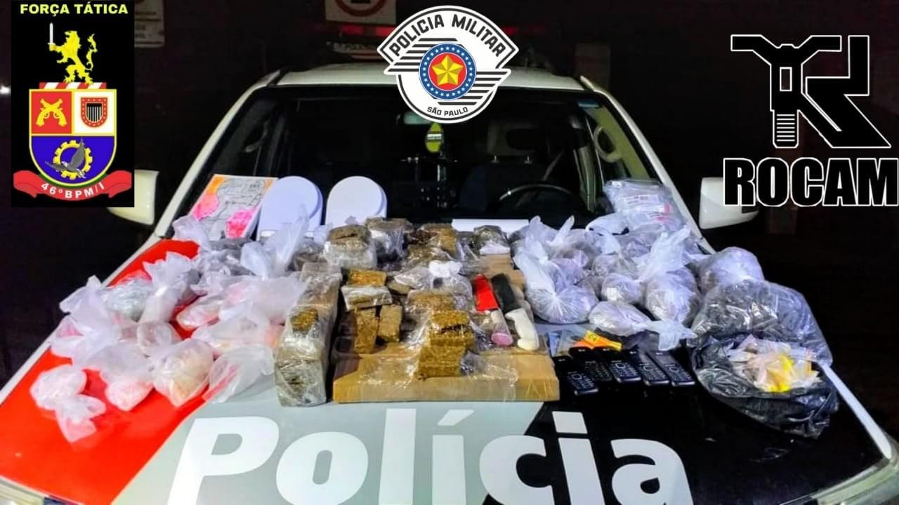 Homem é preso e adolescente apreendida com 34 tabletes de maconha em São José