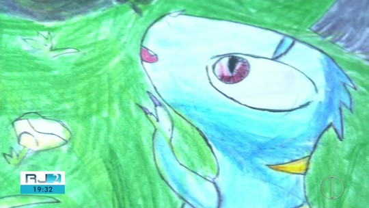 Adolescente com autismo supera limitações por meio da arte e sonha em ser quadrinista no RJ