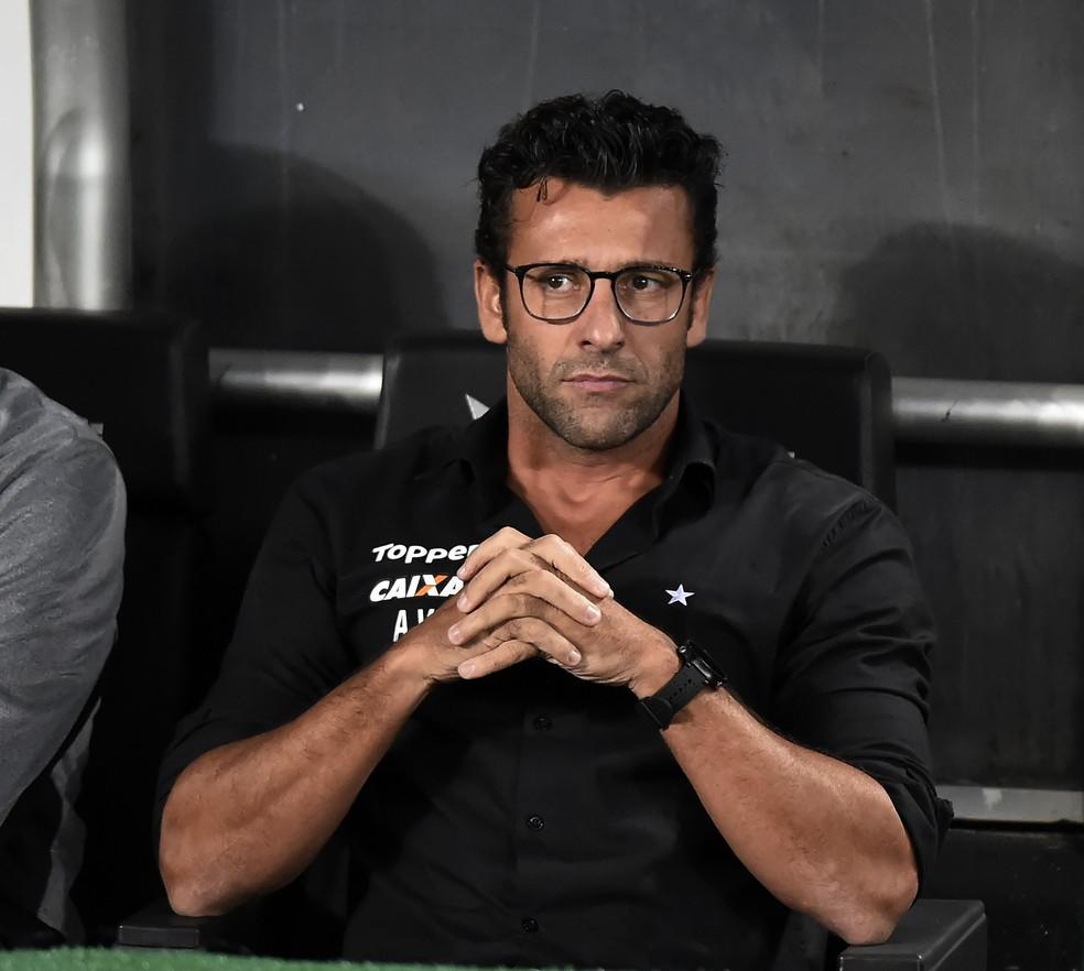 Alberto Valentim reconheceu a má atuação do Botafogo contra o Fluminense (Foto: André Durão/GloboEsporte.com)