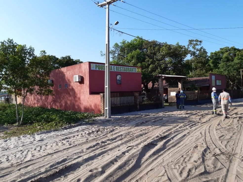 Restaurantes, hotéis e pousadas da região foram identificadas usando ligações clandestinas de energia. — Foto: Divulgação/Polícia Civil