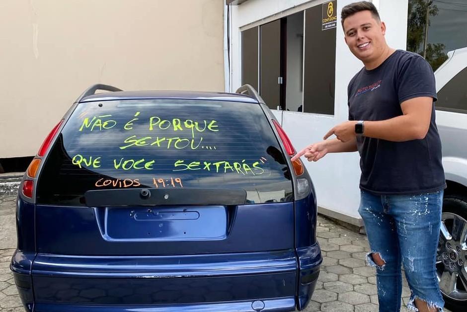 Alessandro Moura, mais conhecido como Chapecó, criador do personagem Vendedor Sincero (Foto: Divulgação)