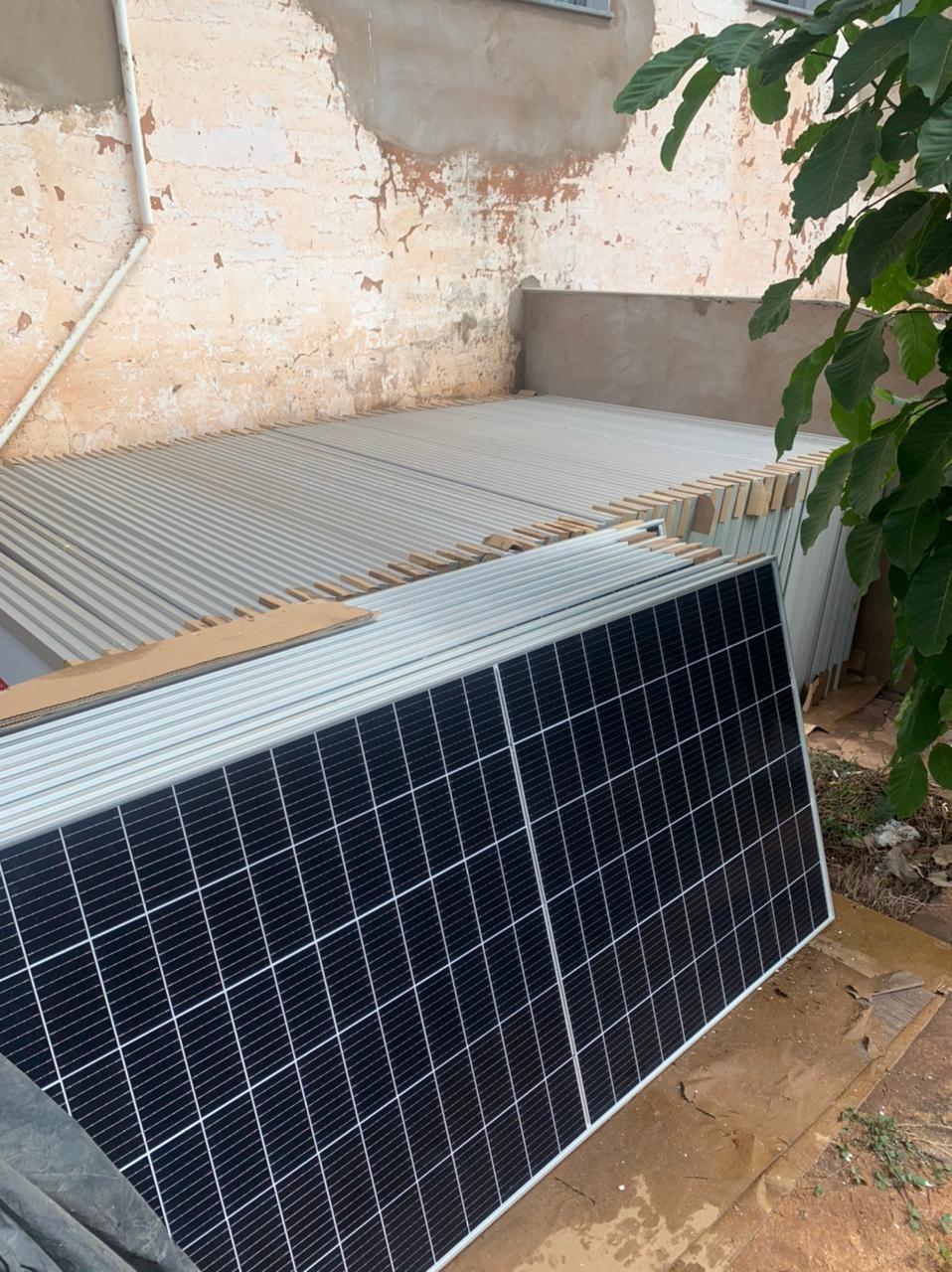 Hospital São José recebe sistema de geração de energia fotovoltaica em Ituiutaba