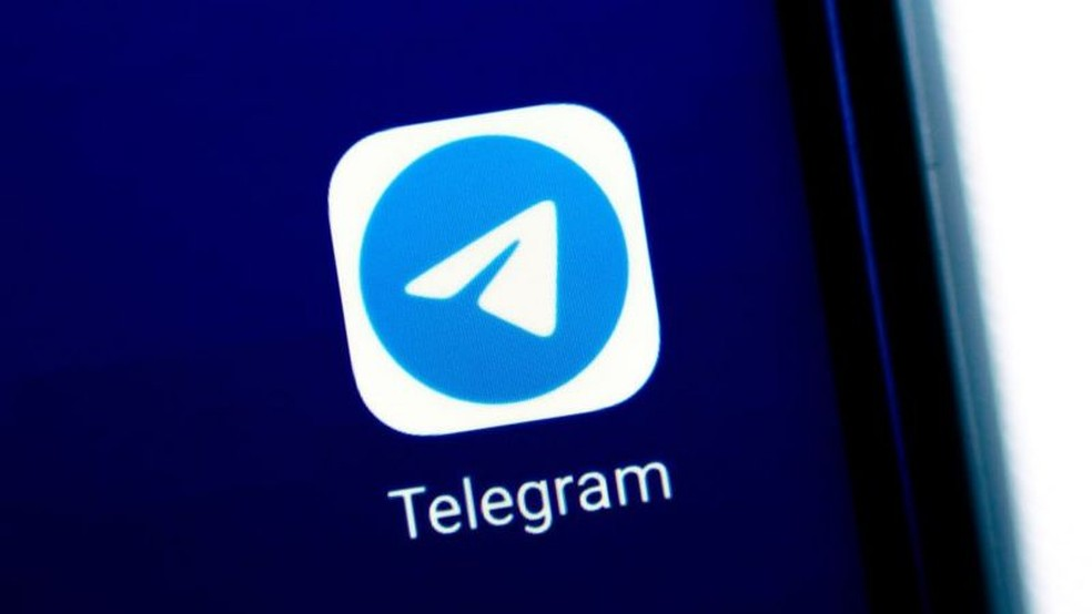 Download do concorrente Telegram disparou nos últimos dias — Foto: Getty Images por BBC