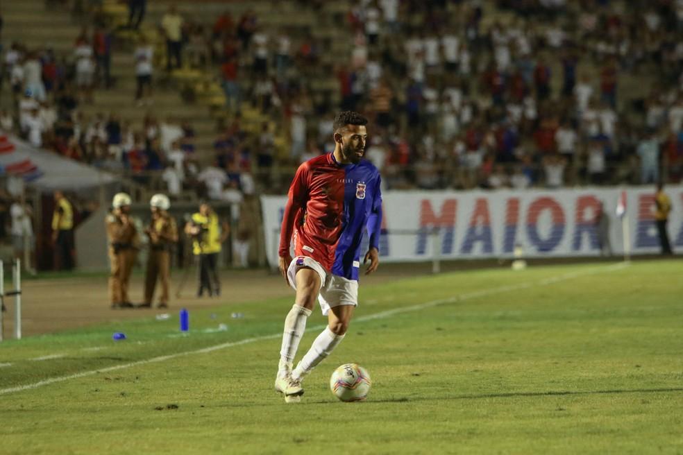 Kaio está emprestado ao Paraná — Foto: Robson Mafra/Paraná Clube