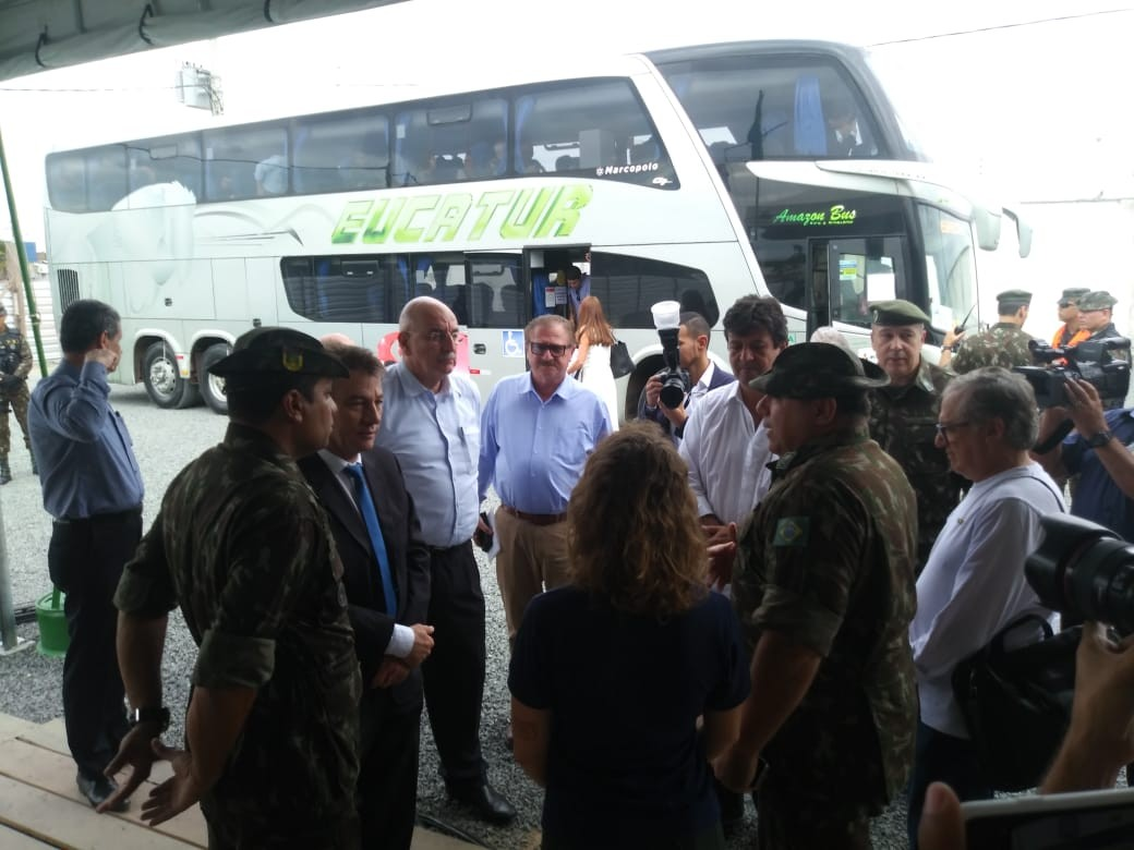 Ministros visitam abrigos e posto de triagem para imigrantes em Pacaraima, Norte de RR