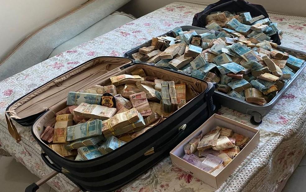Operação da PF em Sergipe contra exploração de jogos de azar, lavagem de dinheiro, evasão de divisas e organização criminosa — Foto: Divulgação/PF/SE