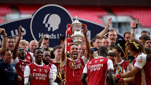 Arsenal conquista a Copa da Inglaterra em cima do Chelsea