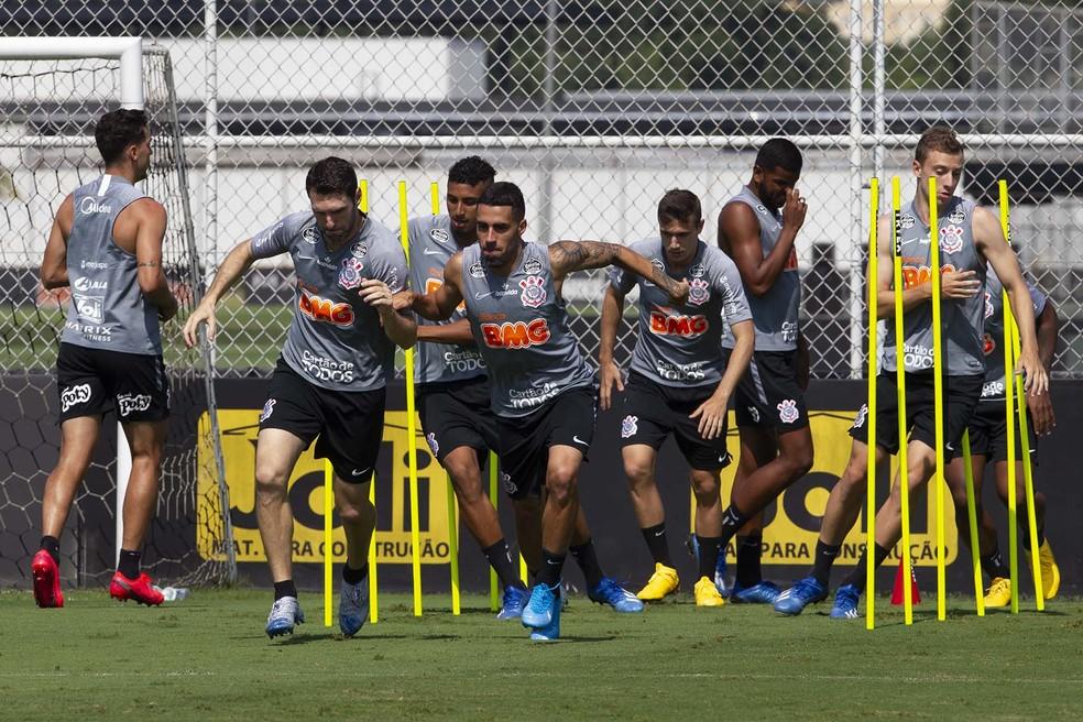 Jogadores do Corinthians se reapresentam na segunda-feira no CT Joaquim Grava — Foto: Daniel Augusto Jr/Ag.Corinthians