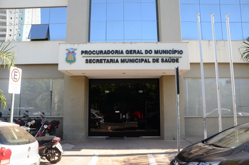Cerca de 50 servidores da Saúde apresentam atestado falso para afastamento durante pandemia em Cuiabá, diz secretário