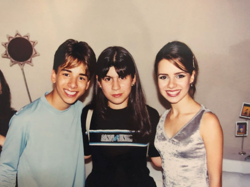 Fã desde a infância. Foto ao lado de Sandy e Junior (Foto: Arquivo Pessoal)