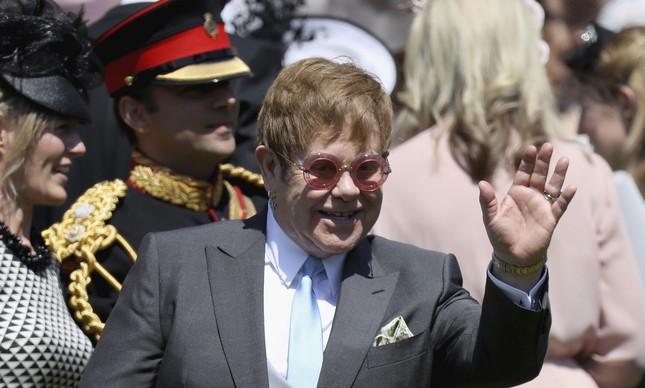 Sir Elton John no casamento de Harry e Meghan