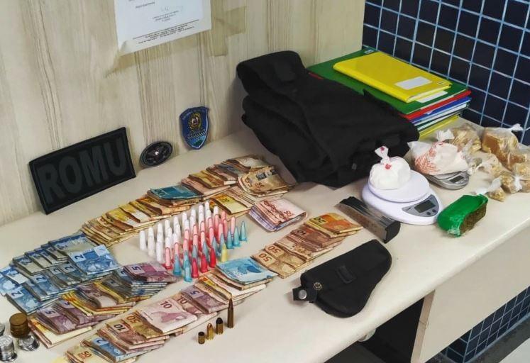 Guarda acha droga e dinheiro em apartamento que funcionava como escritório do tráfico no ES